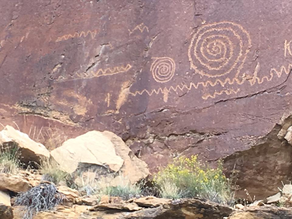 9 Mile Canyon Petroglyphs 4